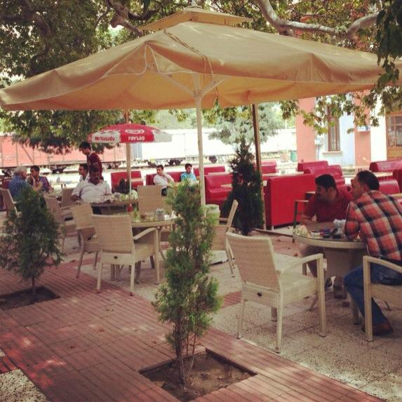Cinar Cafe & Restaurant