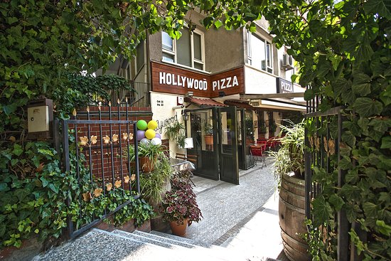 Hollywood Pizza